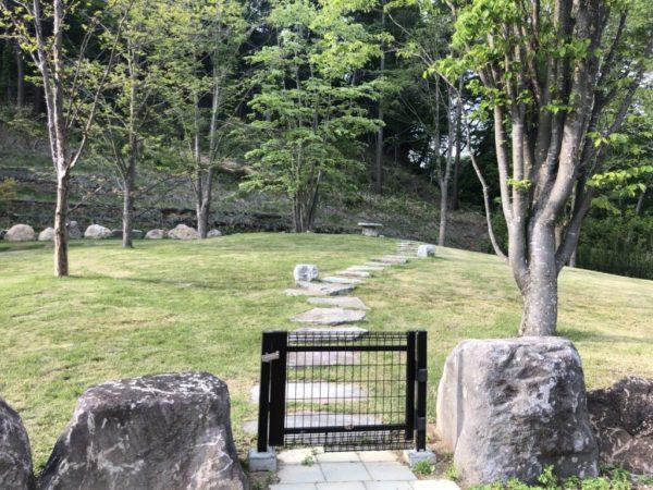 つばさの樹木葬 西軽井沢霊園 共同墓地